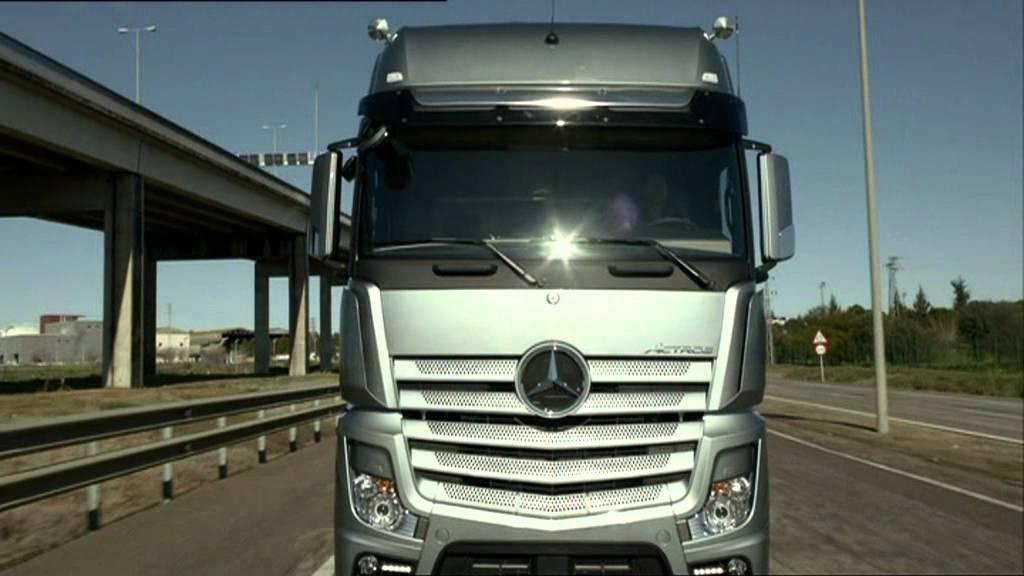 mercedes benz new actros 2011 trucks youtube. Black Bedroom Furniture Sets. Home Design Ideas