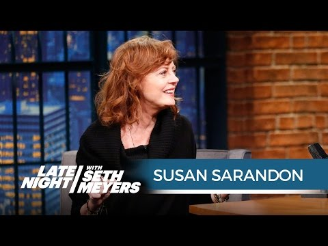 Susan Sarandon on Piers Morgan's Insults About Her Cleavage - Late Night with Seth Meyers