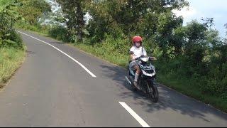 Touring Lokal Mulusnya Paha Cewek SMA    Yamaha New Scorpio Z
