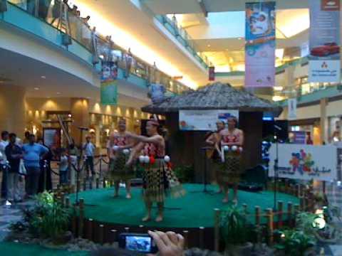 Maori Haka - Abu Dhabi Mall