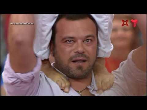 """Colla Jove Xiquets de Tarragona - """"3d9fa"""" (3 de 9 amb folre i agulla)  Concurs de Tarragona 2016"""