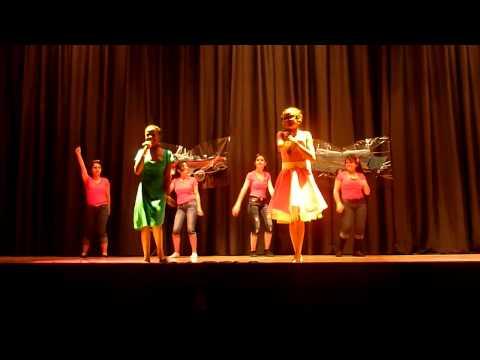 Winton Middle School Talent Show 2013 - Je'nique Williams & Bianca Hall - Rockin Robin - 12