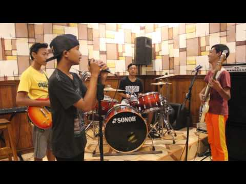 Cover MARJINAL CINTA PEMBODOHAN by - Gerbang kebebasan junior [JOKI TV]