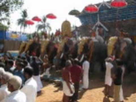 Panchari melam. Kuttanellur Pooram