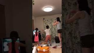 警視庁生き物係のエンディングで 妻と子供達がダンシング.