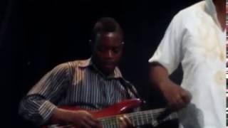 France Moyo & Lion Stars- Mkhuzeni (Live)