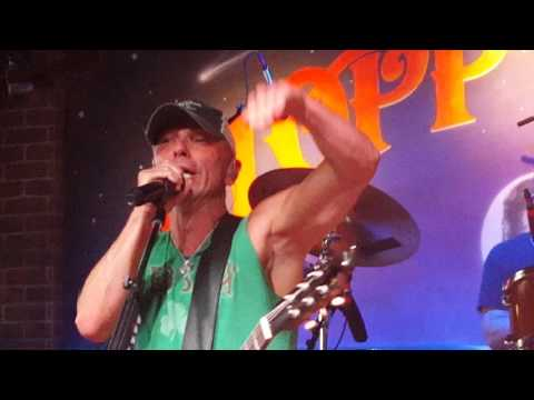 Kenny Chesney Key West 2016-Beer in Mexico