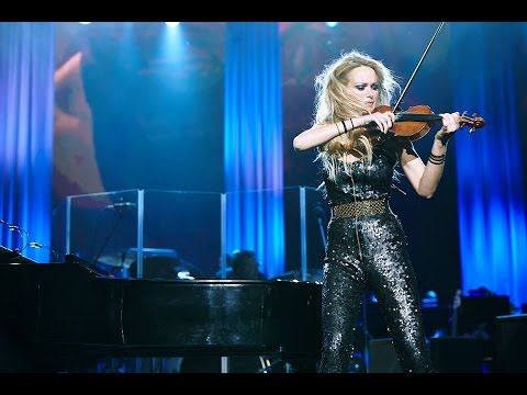 Violinist Caroline Campbell  Skyfall !