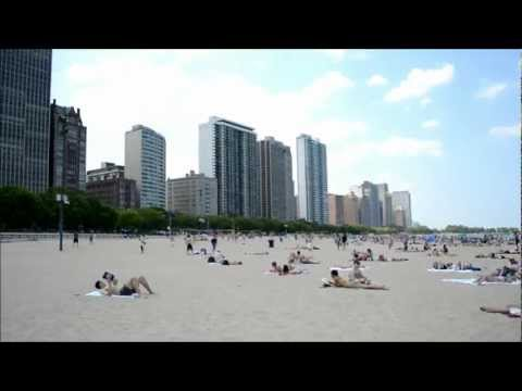 Lake Front Beach in Chicago, Il (Michigan Lake)