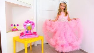 Colección de nuevos videos de Super Pauline en español. Princesas, unicornios, muñecas LOL.