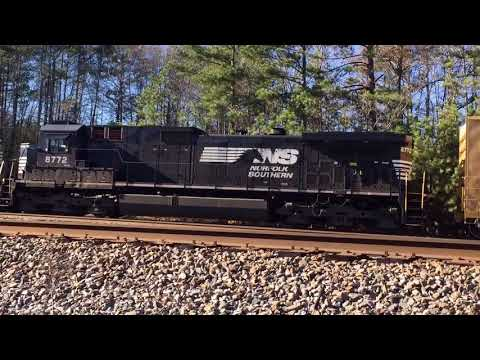 "NS Local Train-Standard Cab ""Top Hat"" D9-Forrestville Yard-Rome, GA 12/11/2017 ©"