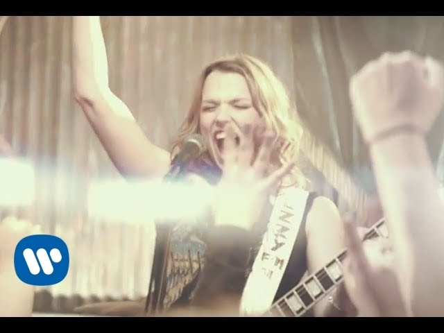 "Halestorm - ""Amen"" [Official Music Video]"