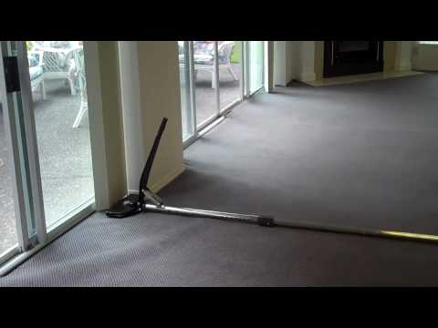 Carpet  Re-stretch Demonstration