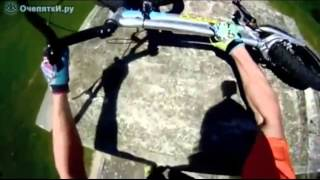 Крутые трюки велосипедистов-экстремалов#(Подписывайтесь на канал если любите крутые видео!!!, 2015-11-30T13:51:47.000Z)