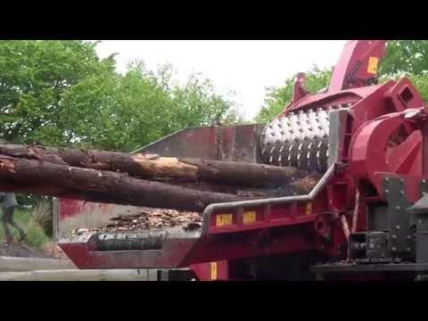 Holz fressen ohne Ende - Ultimative Wood Shredding Film