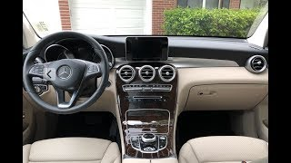 Mercedes-Benz GLC300 (2018): Interior Tour & Review