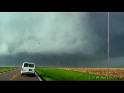 Tornado - Aberdeen, South Dakota - May 22, 2010