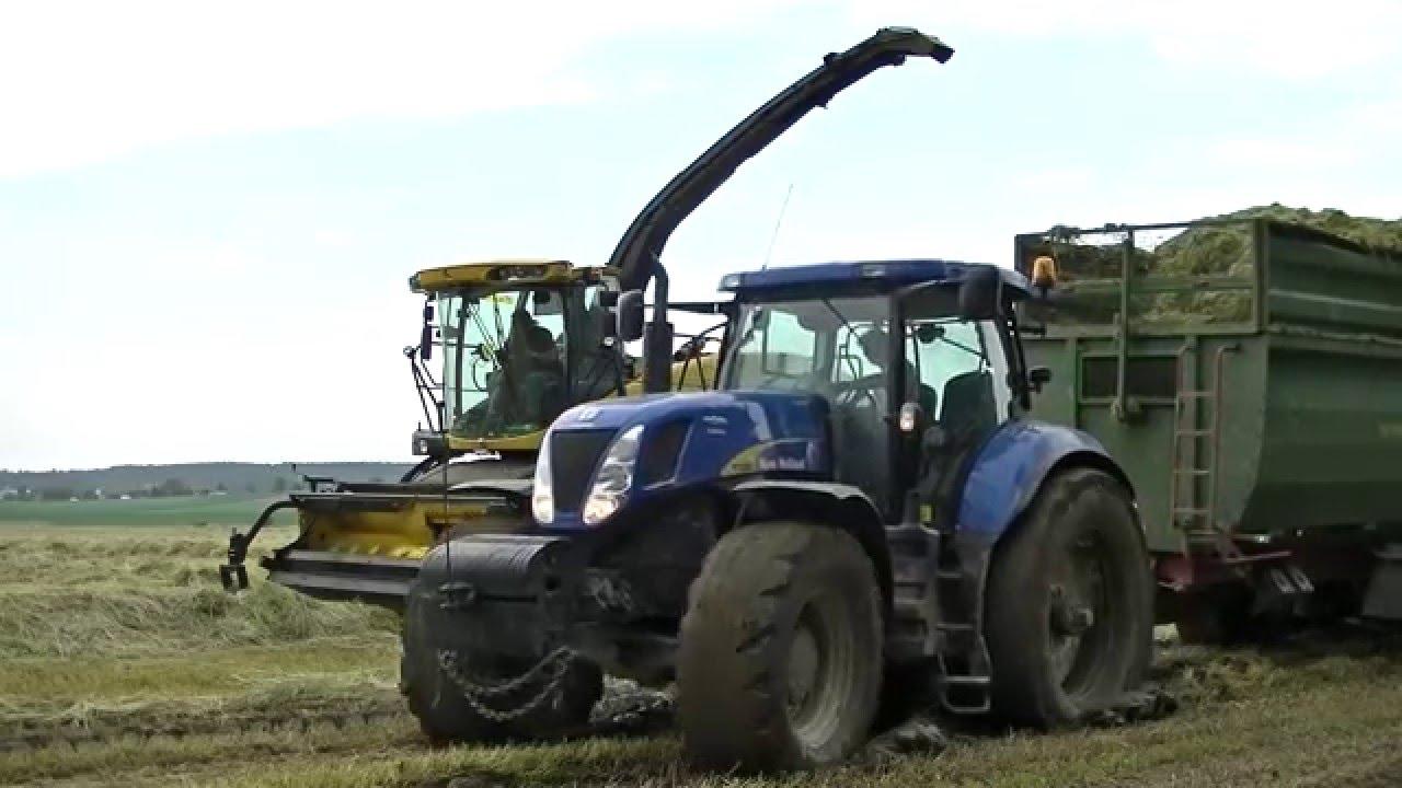 Трактор Нью Холланд T7050 (New Holland T7050