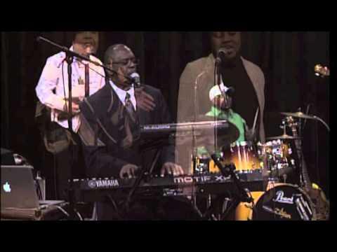 Wiggitone & The Bless Band