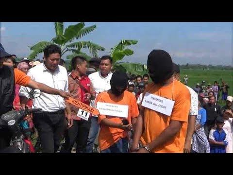 www.pojokpitu.com : Rekontruksi 2 Pelaku Pembunuhan Bos Bengkel Las