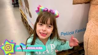 Ela comprou tudo que eu consegui segurar - Laurinha - She bought everything I could handle toy store