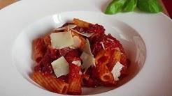 Pasta mit Chorizo Tomatensauce   Einfaches Rezept   Let's Cook