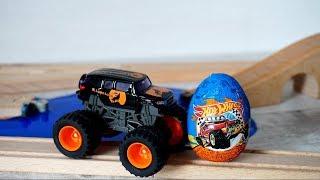 Монстр Трак на гоночном треке - Сюрприз Хот Вилс. Видео с игрушками