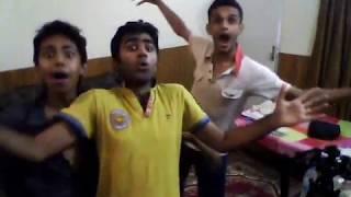 FUNNY PAKISTANI BOYS DANCE BHANGRA PUNJABI HAHA LOL