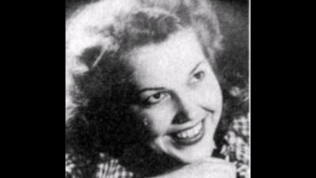 Enrico Colantoni,Rosa Rosal (b. 1931) Erotic video Eve White,Daniel Day-Lewis (born 1957)