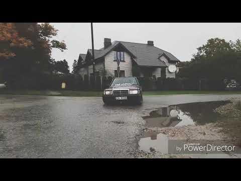 Mercedes benz 190e w201 3.2 m104 rainy sideways (Bad-benz-drift)