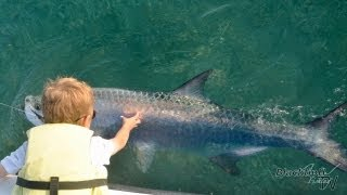 6 Year Old Catches Huge Fish!