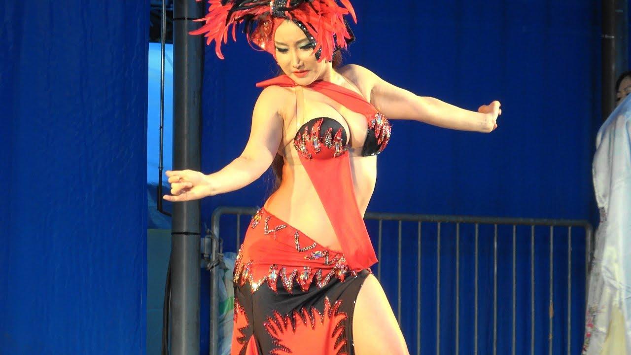 Belly dancing in japan