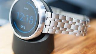 Moto 360, steel bracelet and wireless charging