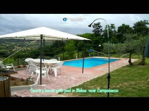 Country house for sale with pool in Molise, near Campobasso