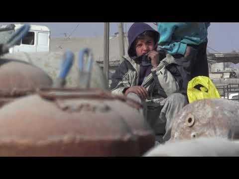 Desperate to come home, Syrians brave IS mines in Raqa