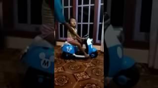 Video Anak e lek ari karo lek sri download MP3, 3GP, MP4, WEBM, AVI, FLV November 2017