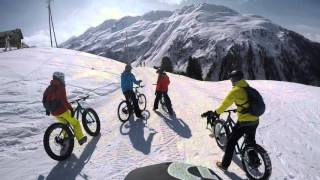Fat biking in the snow + dog, Pischa, Davos, the Swiss Alps