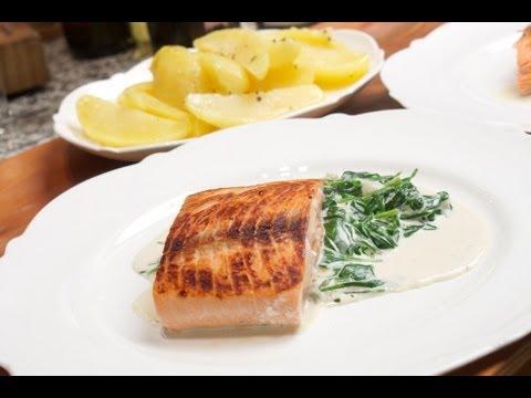 Lachs mit Spinat gelingsicher mit der Anleitung von Chefkoch Thomas Sixt zubereiten