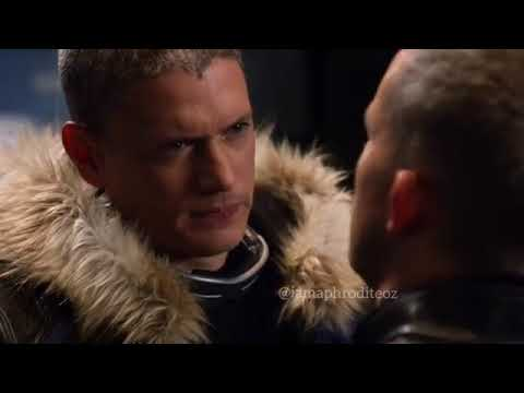 wentworth miller and russell tovey kiss