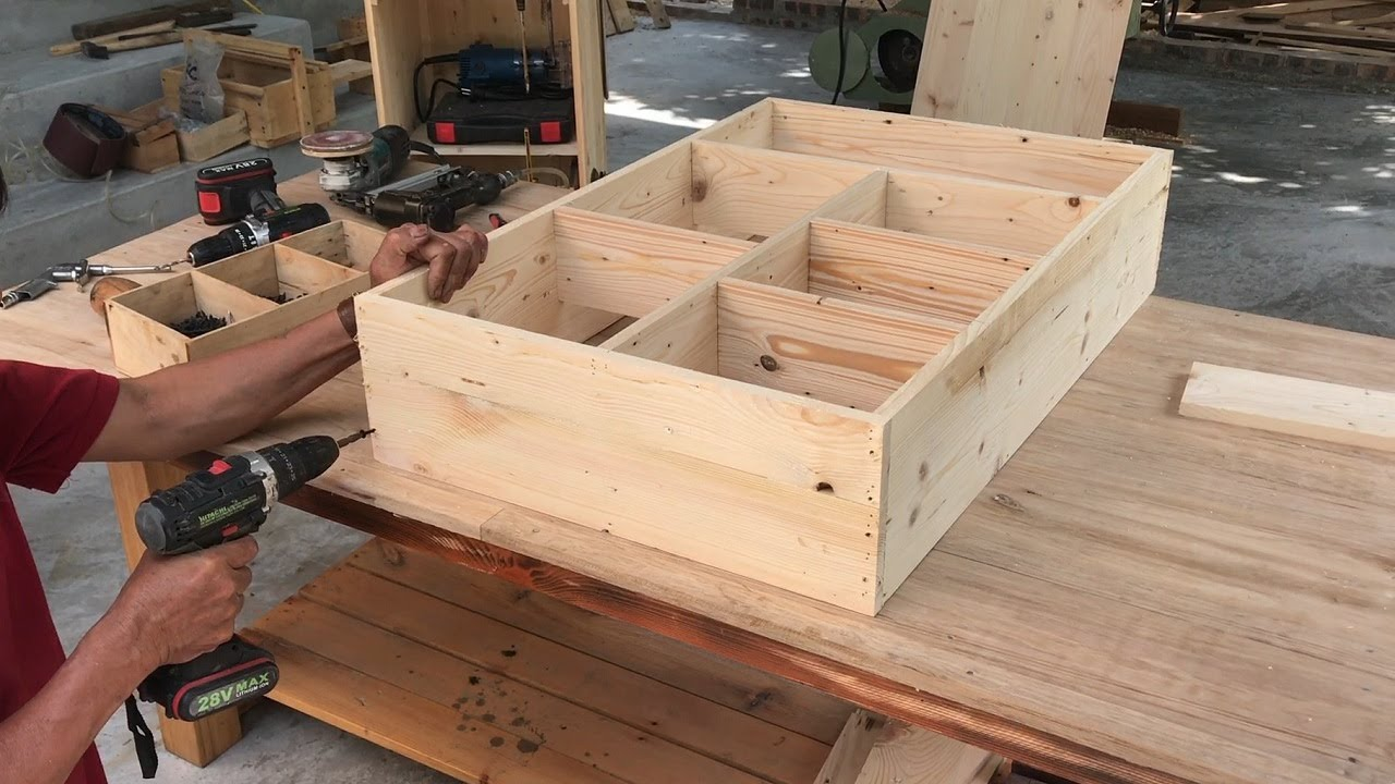 Amazing Idea Creative Woodworking From Pallets // Build Smart Folding Tables Combined Storage   DIY