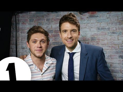 Niall Horan's totally fake interview