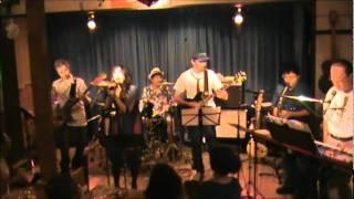 サディスティックミカバンドのカバーです ボーカルは木村カエラさん.