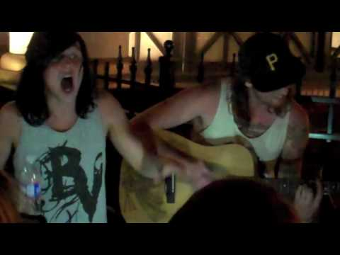 WITH EARS TO SEE AND EYES TO HEAR (ACOUSTIC) KELLIN QUINN