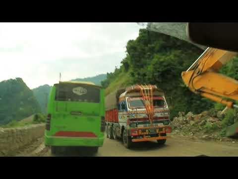NEPAL CROSSING NARAYANGADH MUGLING ROAD
