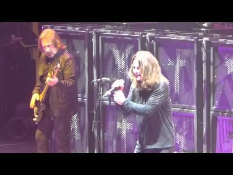 """Fairies Wear Boots"" Black Sabbath@Madison Square Garden New York 2/27/16 The End Tour"