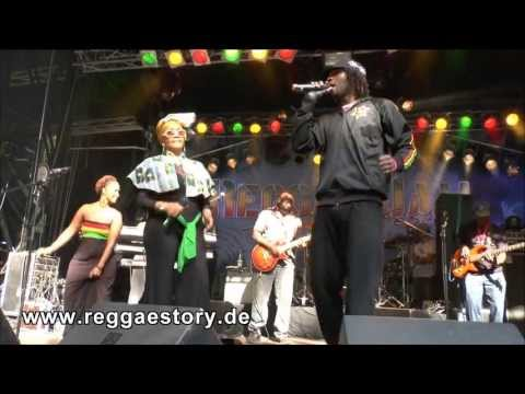 Marcia Griffiths - 2/5 - Young Gifted And Black - Reggae Jam 2013