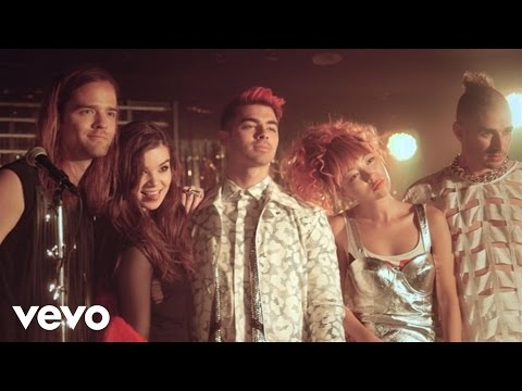 Hailee Steinfeld - Rock Bottom (Behind The Scenes) ft. DNCE Thumbnail image