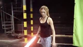 Man vs Woman - Lightsaber Fight