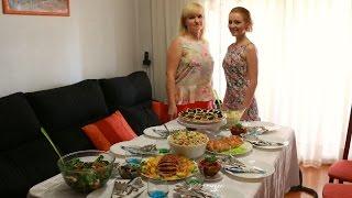 Праздничный стол на День рождения!(Что приготовить на праздничный стол? Рецепты блюд на День рождения. Ну, оОчень вкусная - Запеченнaя свинина..., 2014-07-28T20:58:43.000Z)