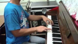 Banal mong Tahanan piano